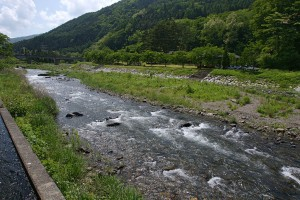 塩尻市民の水、奈良井川