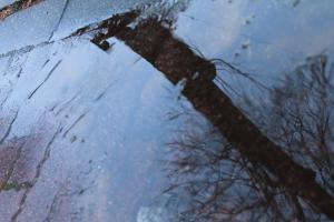 雨が降る塩尻